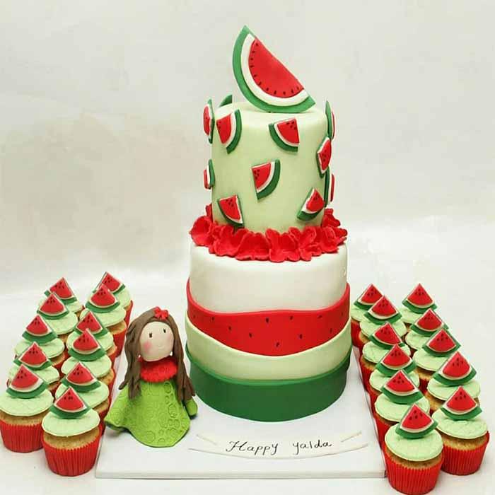 کیک و شیرینی یلدایی