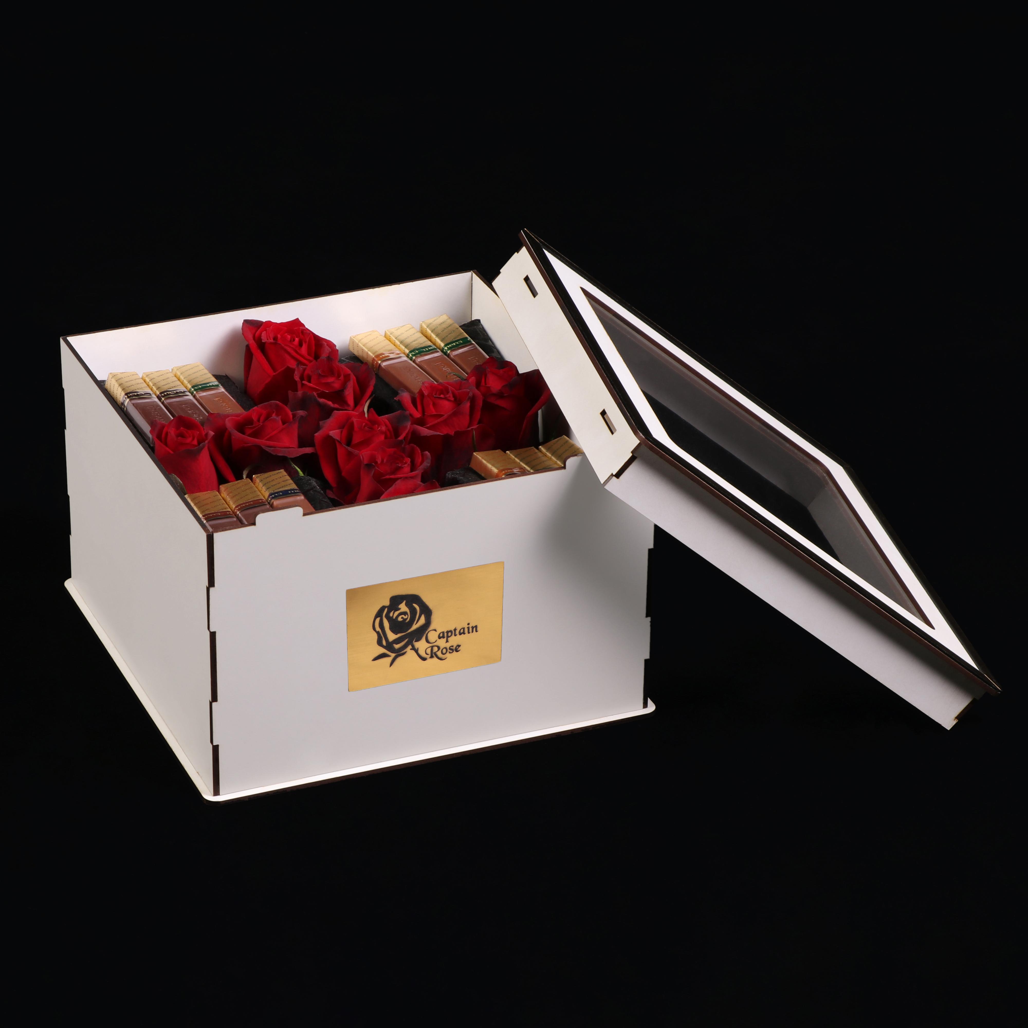 باکس سفید گل و شکلات